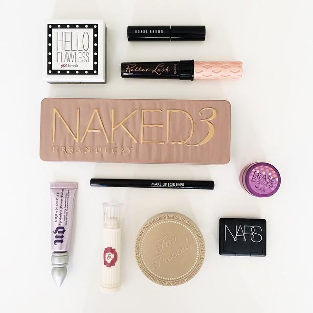Ma routine make-up détaillée sur le blog (lien dans ma…