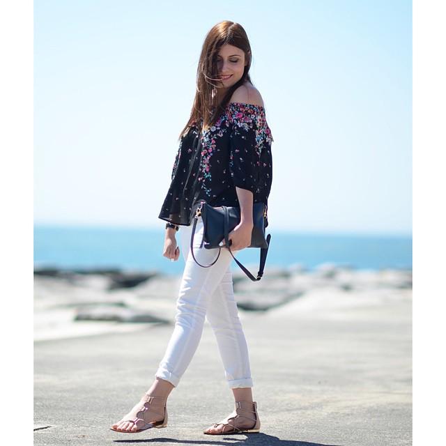 Nouveau look shooté au Portugal sur le blog ! ❤️…